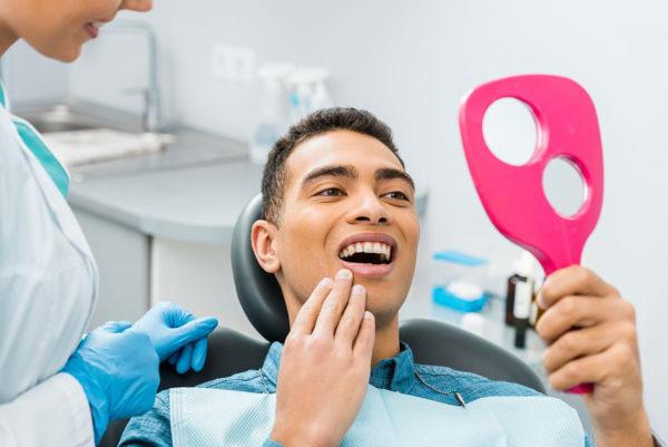 Endodoncia Es un proceso muy habitual que se realiza cuando existe una caries que no se ha tratado omega dental torremolinos